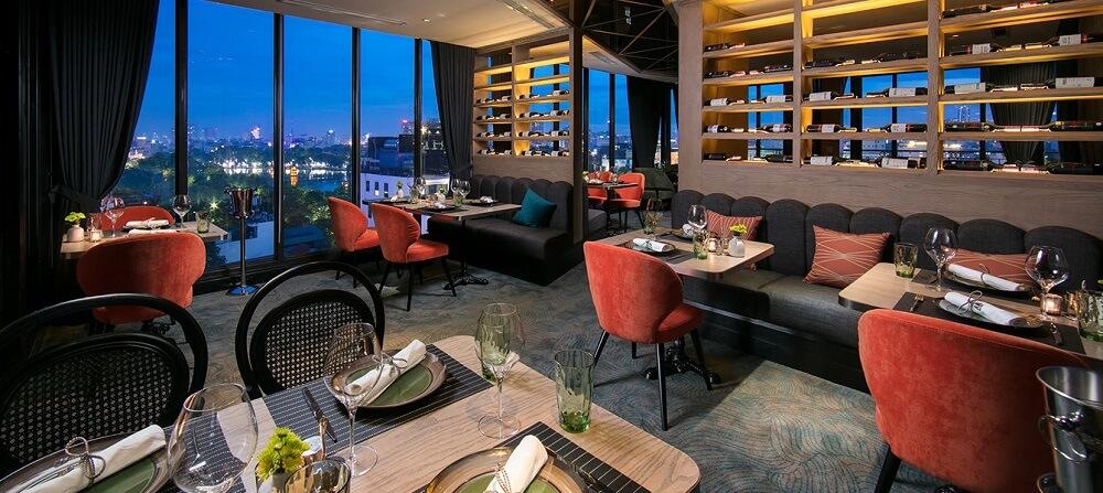 Central Restaurant tọa lạc ngay tại trung tâm thành phố là điểm ẩm thực được nhiều thực khách tin tưởng và lựa chọn