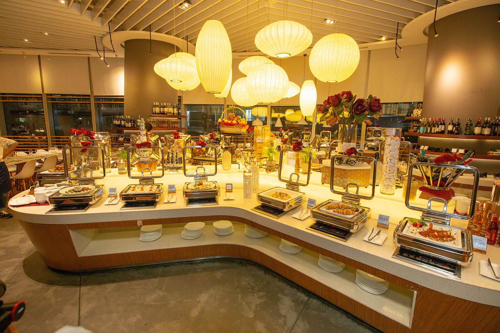 Thương hiệu Buffet Hoàng Yến sang trọng, đẳng cấp luôn chiếm cảm tình của nhiều thực khách sành ăn