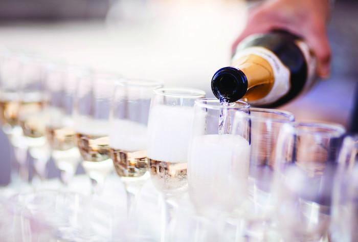 Rượu vang tại đây dành riêng cho những thực khách ưa thích sự táo bạo của cồn