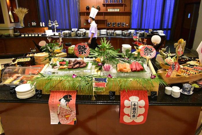 Thực phẩm tươi sống chính là điểm cộng lớn nhất cho Sheraton Buffet
