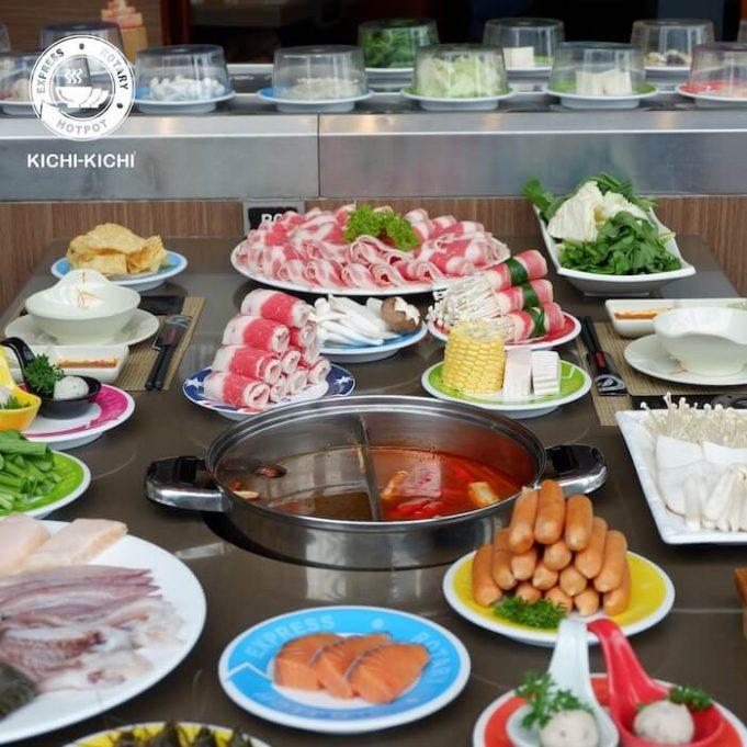 Tụ tập bạn bè ăn buffet tại Kichi Kichi